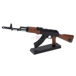 REPLICA A ESCALA FUSIL AK-47 GHOST