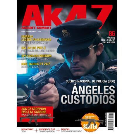 REVISTA AK47 Nº40 ANGELES CUSTODIOS